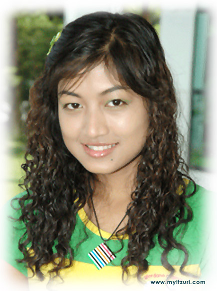 Rebecca Win-37